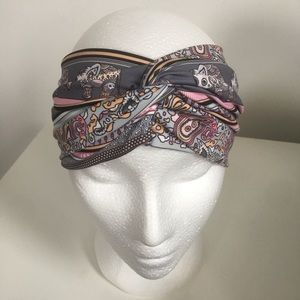 Francesca's patterned headband
